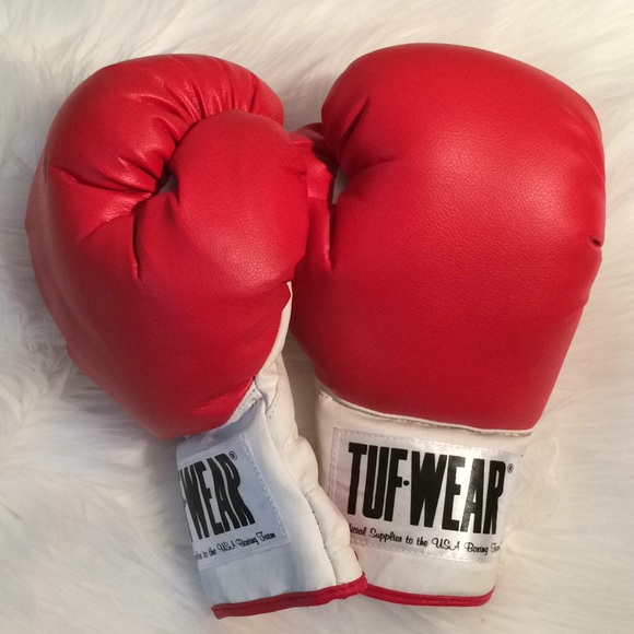 TUF WEAR TRAINERS BOXING  TOWEL